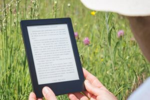 A picture of a Kindle